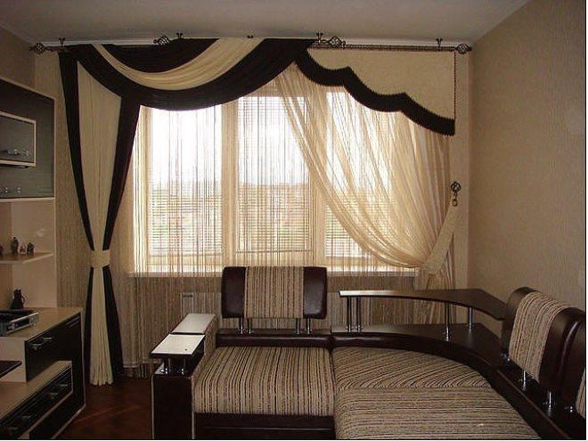 Ассиметричные шторы в интерьере