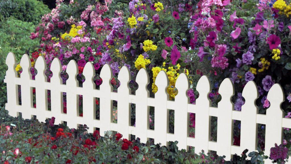 декоративные оградки в саду