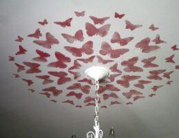 Как и чем декорировать потолок своими руками