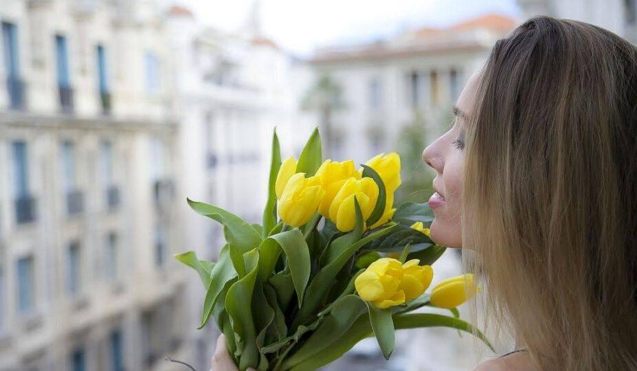 Кому и когда дарят желтые тюльпаны